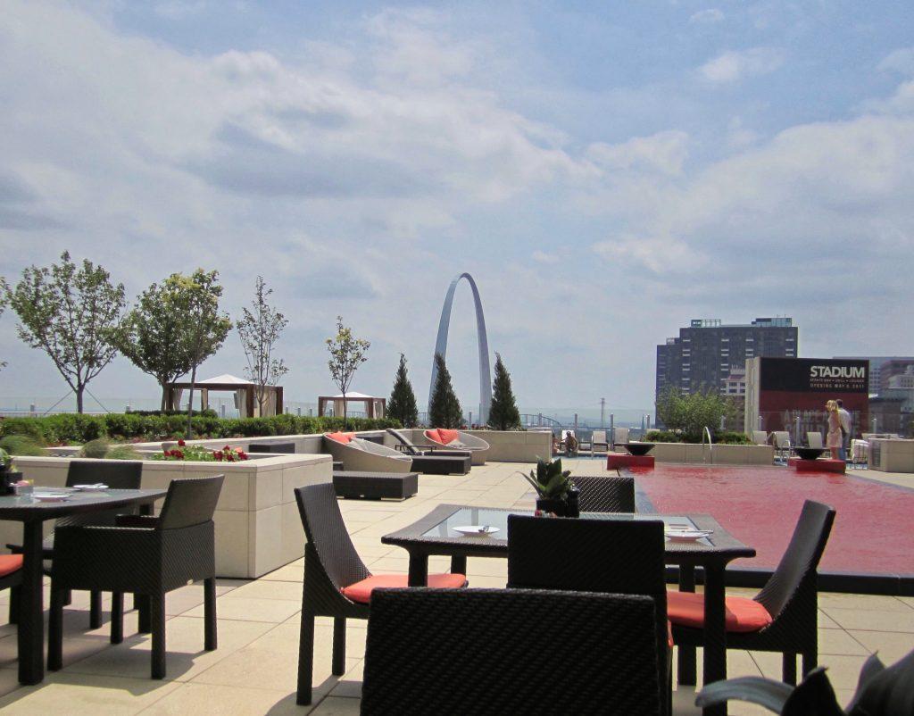 Four Seasons St Louis